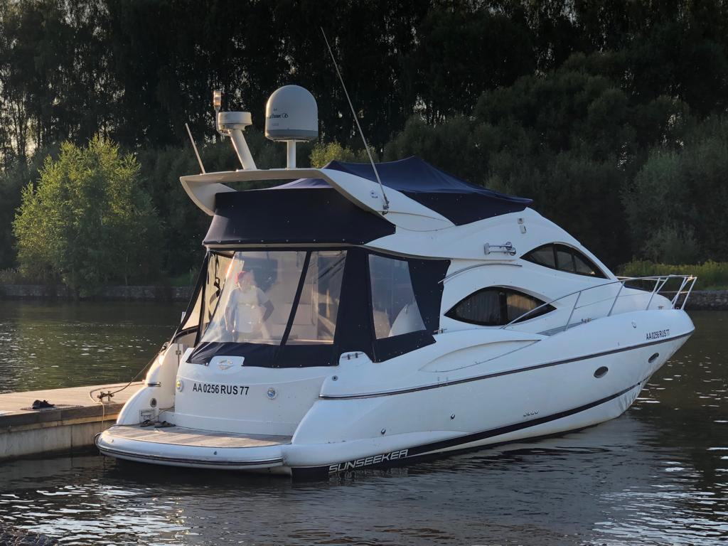 моторная яхта Sunseeker Manhattan 44 yacht