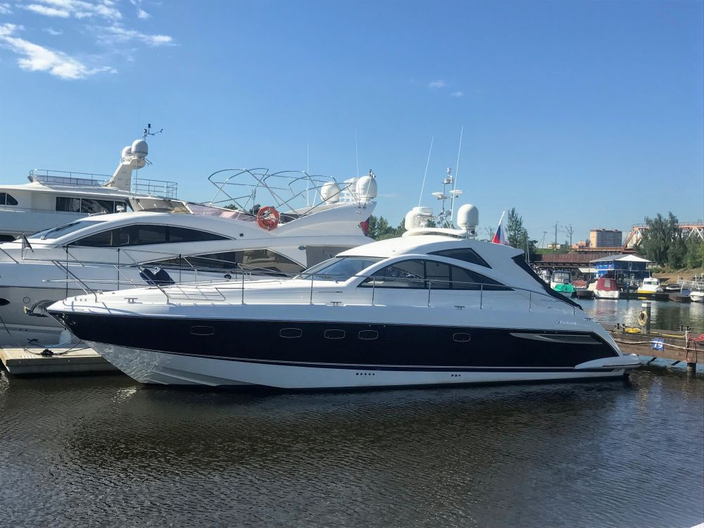 моторная яхта FAIRLINE TARGA 47